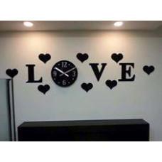 ساعة LOVE